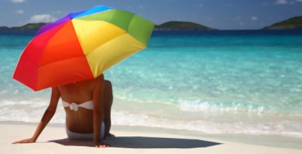 5 regole per avere  capelli sani e belli anche in vacanza