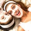 Maschera viso fai da te purificante al miele, camomilla e argilla